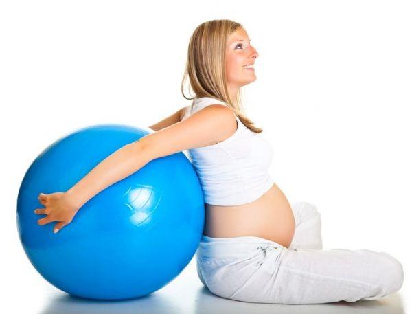 Безопасен ли фитнес для беременных? Можно ли беременным заниматься фитнесом? Примеры упражнений