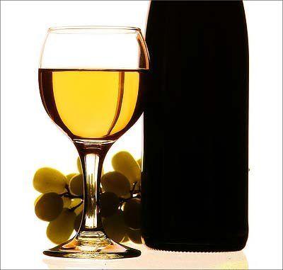 Целебные свойства белого вина