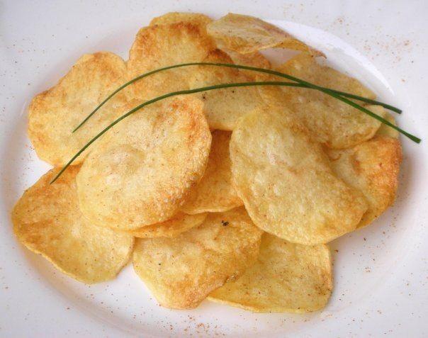 Чипсы в домашних условиях: как приготовить? Рецепты сладких и соленых чипсов