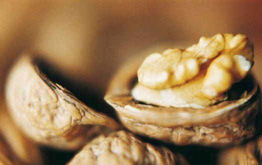 Грецкие орехи: состав и польза для организма