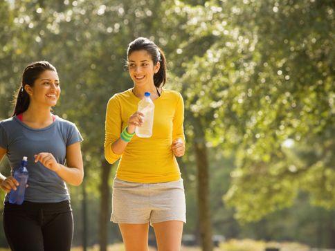 Intensywne chodzenie do utraty wagi jest lepiej do szybkiego biegania