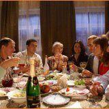 Избежать переедания в праздничные дни
