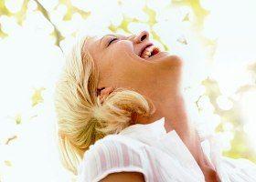 Смех - одно из проявлений эйфории