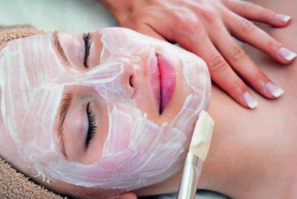 Энзимный пилинг: особенности процедуры. Энзимы в косметологии: область применения