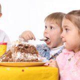 Как избежать лишнего веса у ребенка