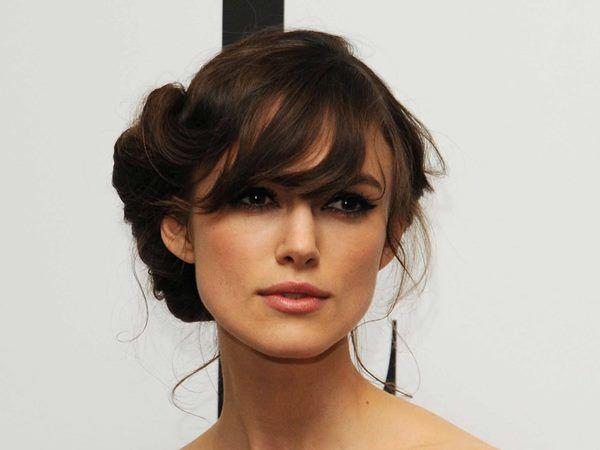 Как красиво заколоть волосы? Прическа своими руками для романтичного свидания: видео