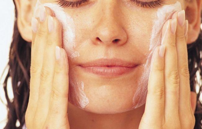 Как очистить поры на коже лица?