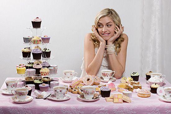 Как перестать есть и хотеть сладкое и мучное? Можно ли перестать есть сладкое навсегда?