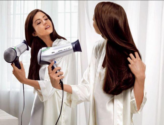 Как правильно укладывать волосы феном?