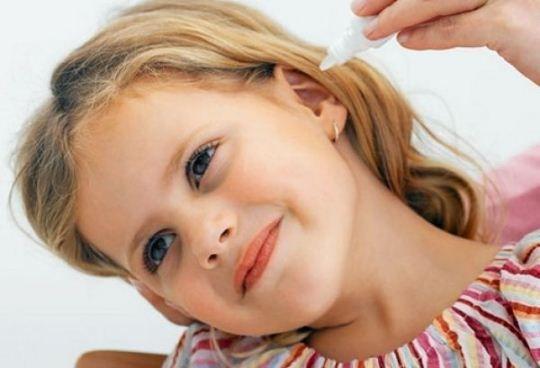 Способы промыть ухо в домашних условиях