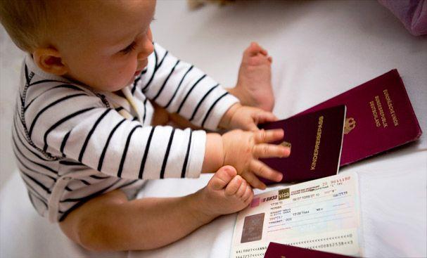 Как прописать новорожденного: перечень документов и особенности процедуры. Как зарегистрировать малыша через Госуслуги?