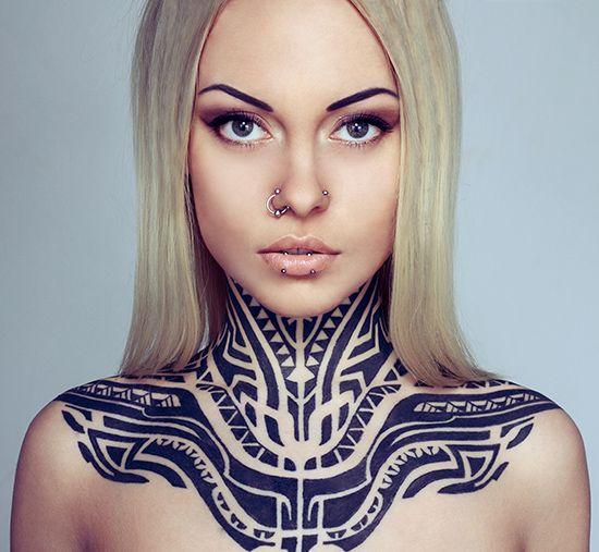 Как ухаживать за татуировкой в первые дни после ее нанесения?