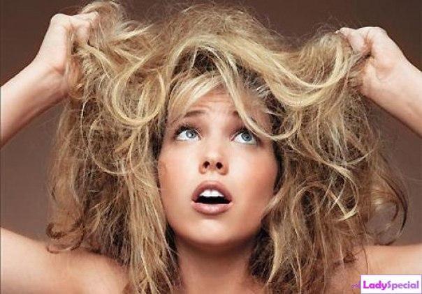 Как увлажнить сухие волосы? Простые способы