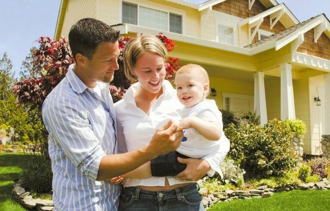 Какие документы нужны для прописки новорожденного ребенка к матери и отцу?