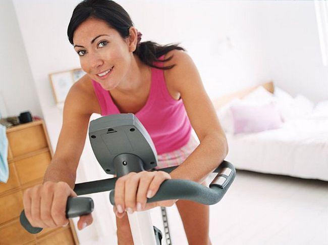 Care este cel mai bun aparat de sport pentru pierderea in greutate? Exerciții pentru a pierde in greutate la sala de sport: Video