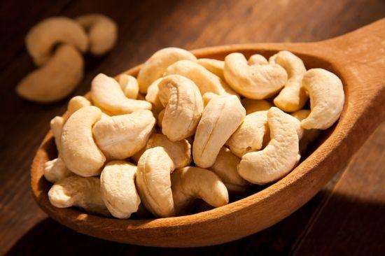 Кешью: вред и польза, калорийность продукта
