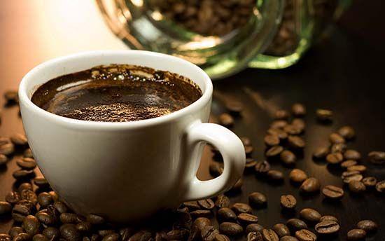 Кофе повышает или понижает давление? Как влияет кофе на организм человека?