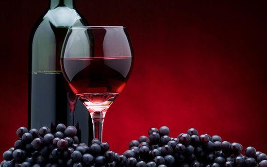 Красное сухое вино: польза и вред, калорийность напитка. Какое вино лучше выбрать?
