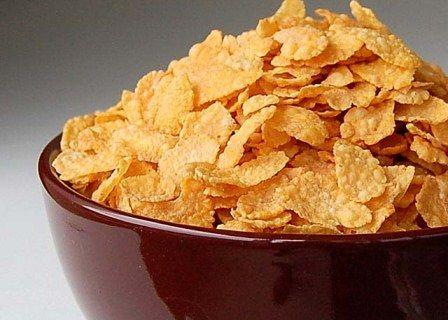 Кукурузные хлопья: польза и калорийность