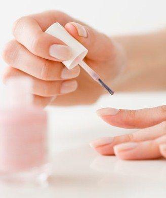Как применять Лоцерил для ногтей?