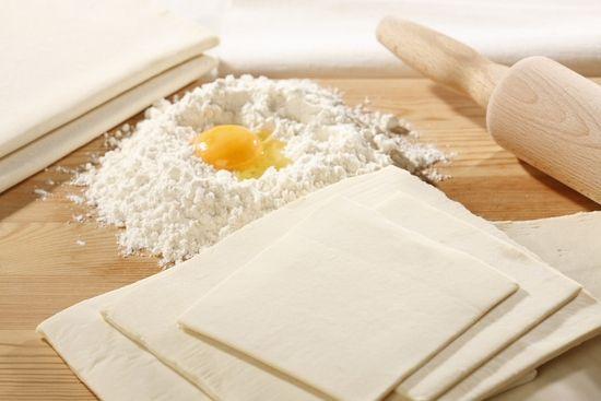 Сколько хранится дрожжевое тесто в холодильнике?