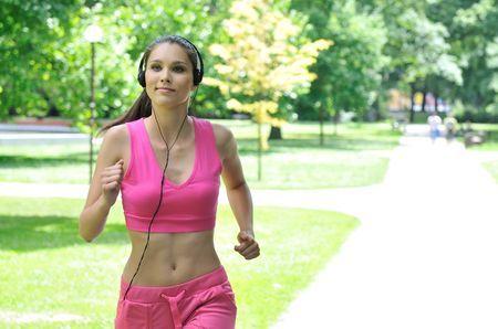 Можно ли заниматься спортом после коррекции зрения