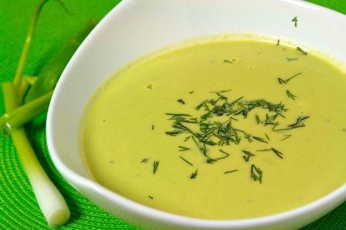 Низкокалорийный суп-пюре с зеленым луком