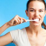 Clătiri cavitatea orală pentru dinte