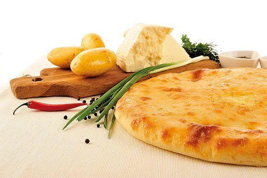 Осетинский пирог с картофелем и сыром, с сыром и зеленью: рецепты с фото. Начинки осетинских пирогов
