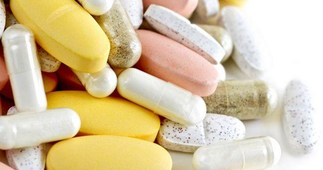 W którym odbywa białka, i LAQUO, olejki i raquo; aminokwasy i witaminy B12?