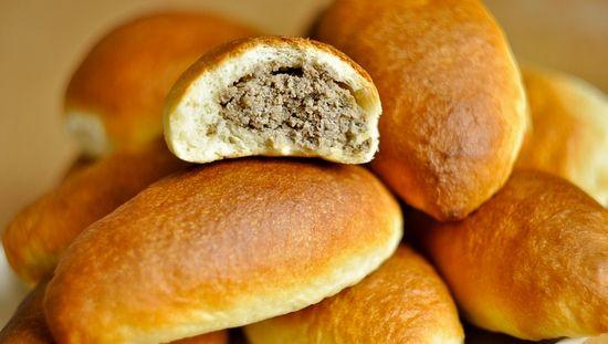 Пирожки с печенью: рецепты приготовления с картошкой и рисом