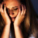 Почему у женщины происходит выкидыш