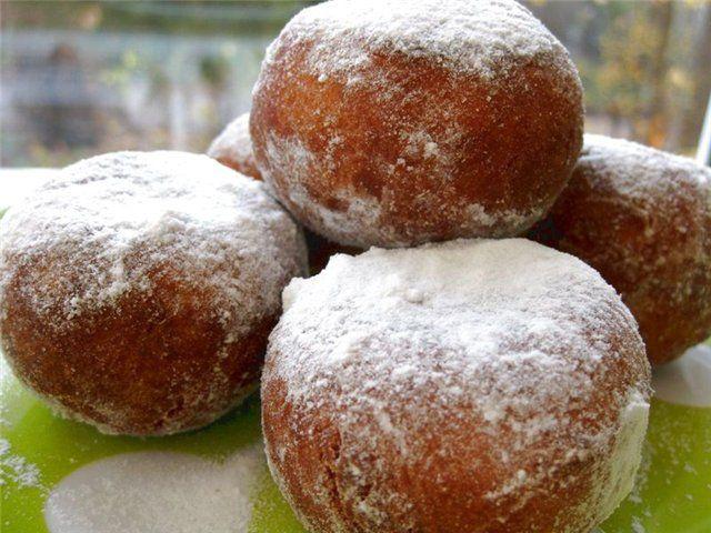 Пончики со сгущенкой: как приготовить? Рецепт традиционных пончиков со сгущенкой