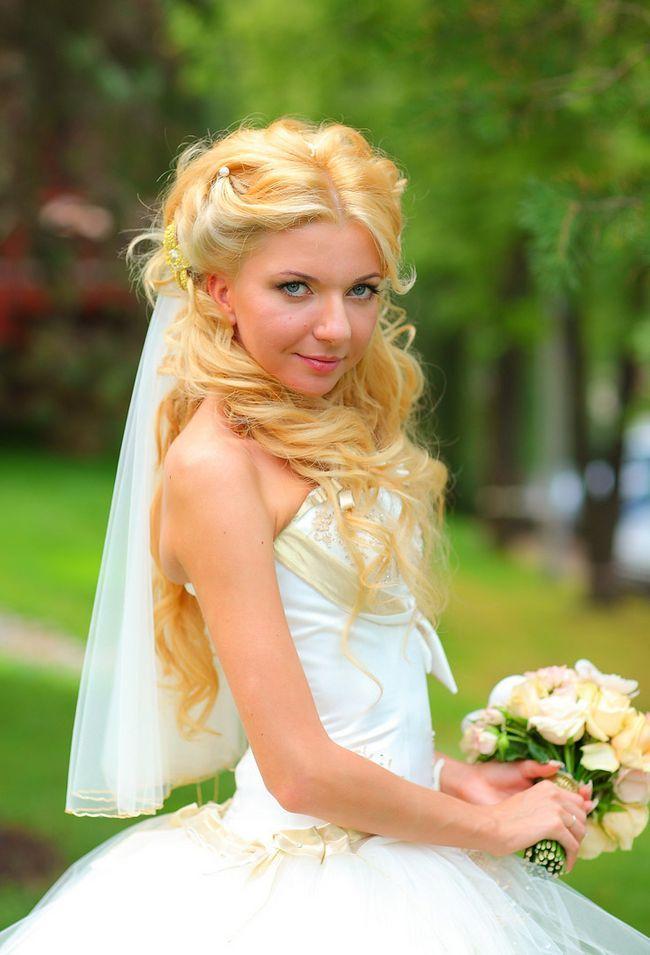 Прическа на свадьбу: как подобрать? Лучшие варианты укладок для свадебного торжества