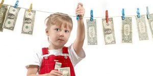 Приучение ребенка к деньгам с трех лет