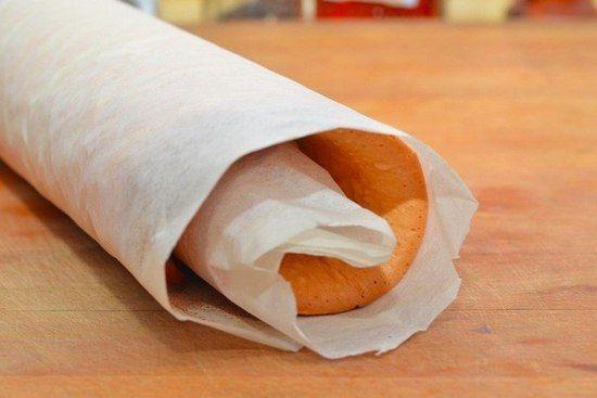 Простой рецепт сладкого бисквитного рулета со сгущенкой