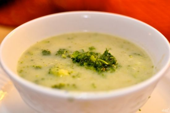 Рецепт овощного супа из брокколи. Как приготовить суп диетический, для ребенка?