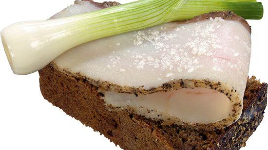 Сало: польза и вред для организма разных видов натурального продукта