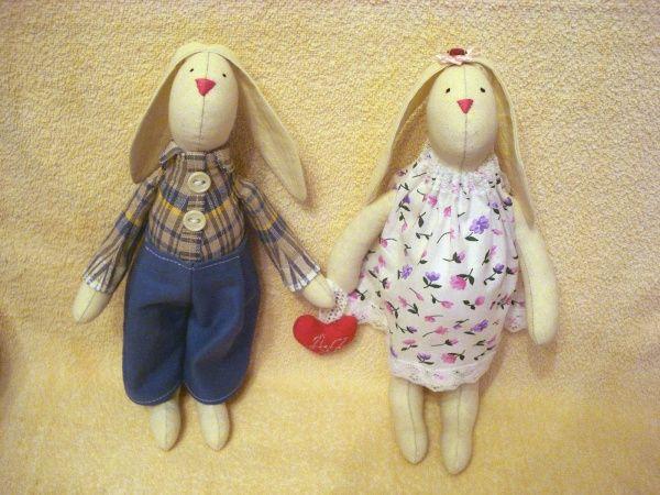 Ситцевая свадьба: это сколько лет? Особенности выбора подарков для супругов