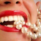 Способы отбеливания зубов человека