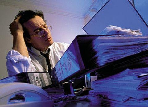 Трудоголики легче справляются со стрессом