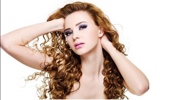Рекомендации по уходу за вьющимися волосами