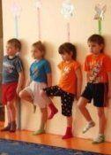 Exerciții pentru a corecta postura corectă și pentru copii