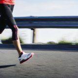 Упражнения для коленей и мышц человека