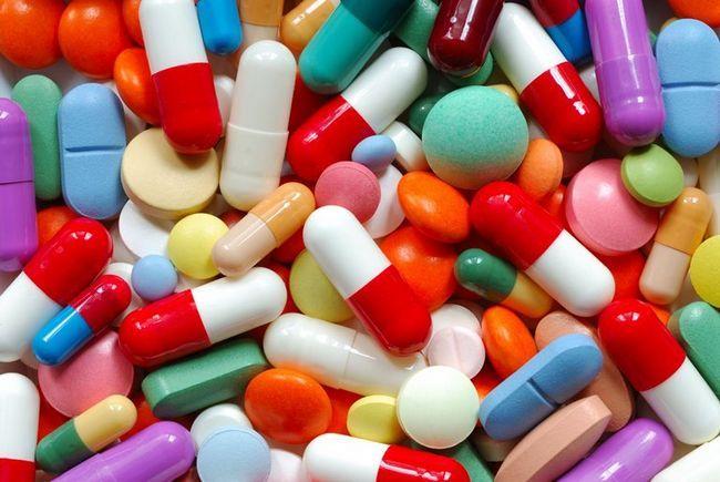 Витамины для спортсменов из аптеки: описание
