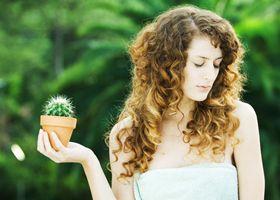 Женщины лучше чувствуют ароматы и острее воспринимают боль