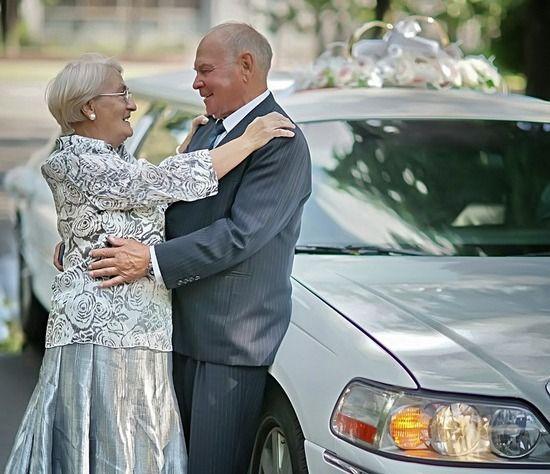 Золотая свадьба: сценарий в домашних условиях. Как организовать торжество в кругу семьи?